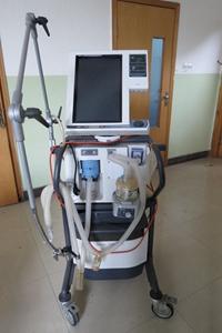 PB840有创呼吸机